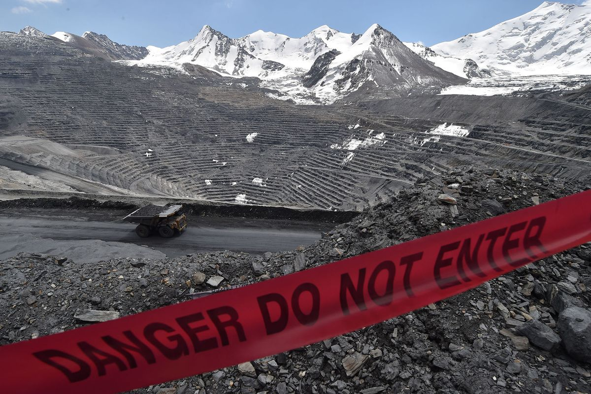 Bloomberg: Centerra CEO Weighs 'Divorce' With Kyrgyzstan on Seized Mine